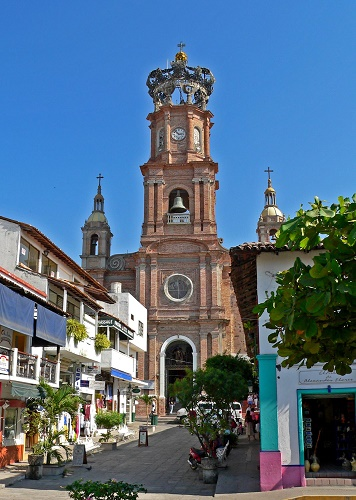 Puerto_Vallarta_cathedral